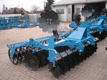 Landtechnik Oppenborn - Rusticus Celle 300